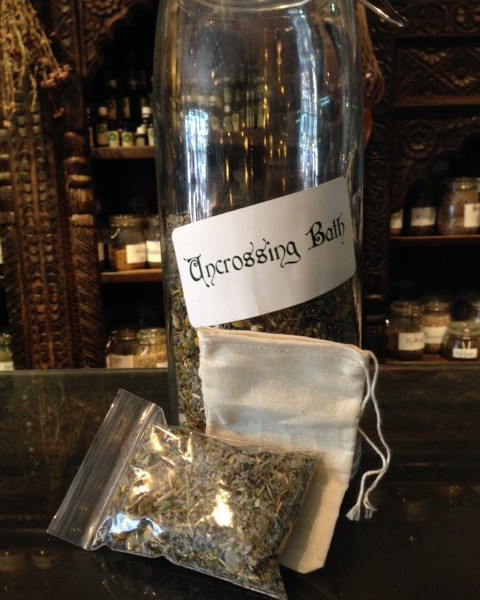 Uncrossing cleansing bath blend product shot