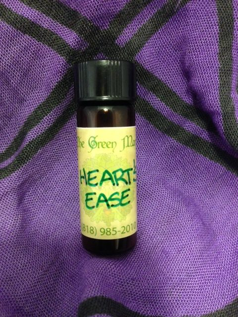 Heart's Ease Oil product shot